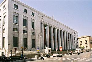 Ufficio Postale A Palermo : Il palazzo delle poste di via roma a palermo palermomania