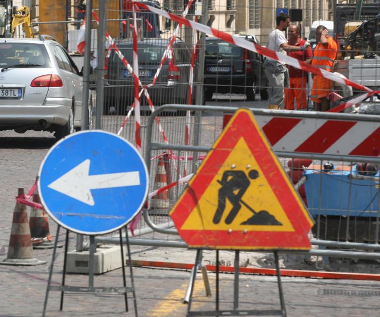Palermo mobilit lavori in viale regione altezza via for Mobilita palermo
